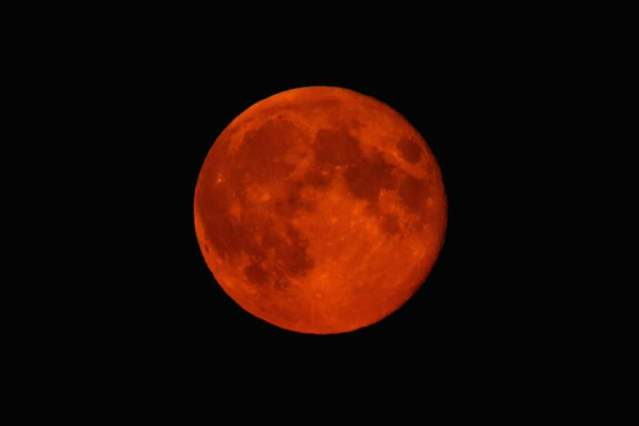 big red moon